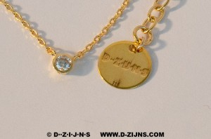 D-ZIJNS CHAIN GOLD PLATED WITH SMALL STRASS STONE