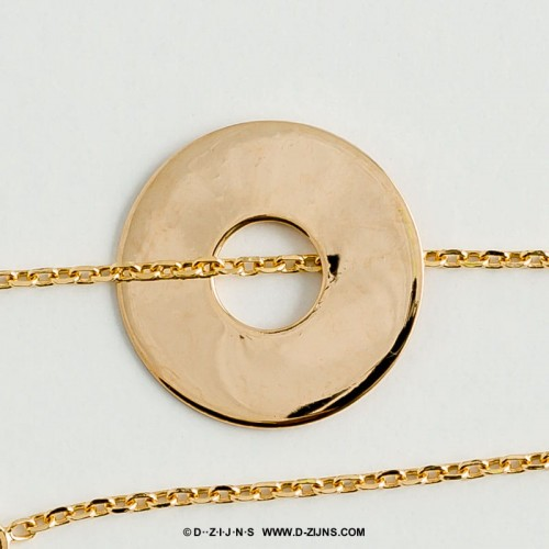 chain gold plated lucky coint Joyce detail.jpg